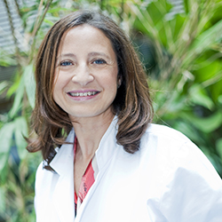 Dr. Maria José de los Santos, PhD.
